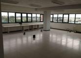 Ufficio / Studio in affitto a Padova, 9999 locali, zona Località: Camin, prezzo € 3.500 | CambioCasa.it