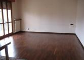 Appartamento in affitto a Saronno, 4 locali, zona Zona: Cascina ferrara, prezzo € 950 | CambioCasa.it