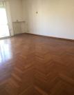 Appartamento in vendita a Padova, 5 locali, zona Località: Centro Storico, prezzo € 210.000 | CambioCasa.it