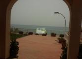 Villa in vendita a Avola, 5 locali, zona Località: Lungomare, Trattative riservate | CambioCasa.it