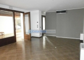 Ufficio / Studio in affitto a Bassano del Grappa, 1 locali, prezzo € 350 | Cambio Casa.it