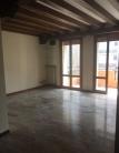 Appartamento in vendita a Padova, 5 locali, zona Località: Santa Rita, prezzo € 255.000   CambioCasa.it