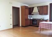 Appartamento in affitto a Lendinara, 3 locali, zona Località: Lendinara - Centro, prezzo € 430 | CambioCasa.it
