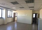 Ufficio / Studio in affitto a Corsico, 1 locali, prezzo € 700 | Cambio Casa.it