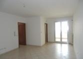 Appartamento in vendita a San Cesario di Lecce, 3 locali, zona Località: San Cesario di Lecce, prezzo € 80.000 | CambioCasa.it