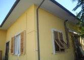 Villa in vendita a Montevarchi, 6 locali, zona Zona: Levane, prezzo € 400.000 | CambioCasa.it