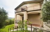 Appartamento in vendita a Pastrengo, 4 locali, zona Zona: Piovezzano, prezzo € 250.000 | CambioCasa.it