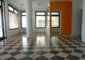 Negozio / Locale in affitto a Spresiano, 9999 locali, zona Località: Spresiano - Centro, prezzo € 700 | CambioCasa.it
