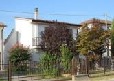 Villa in vendita a Pontecchio Polesine, 3 locali, zona Località: Pontecchio Polesine - Centro, prezzo € 78.000 | CambioCasa.it