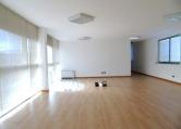 Ufficio / Studio in affitto a Creazzo, 9999 locali, zona Località: Zona Industriale, prezzo € 600 | CambioCasa.it