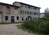 Rustico / Casale in vendita a Nervesa della Battaglia, 10 locali, prezzo € 120.000 | CambioCasa.it