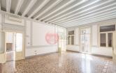 Ufficio / Studio in affitto a Vicenza, 9999 locali, zona Zona: Centro storico, prezzo € 1.300 | CambioCasa.it