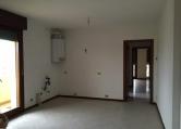 Appartamento in vendita a Giavera del Montello, 4 locali, prezzo € 115.000   CambioCasa.it