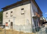 Villa a Schiera in vendita a Lunano, 11 locali, zona Località: Lunano - Centro, prezzo € 65.000   CambioCasa.it