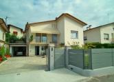 Villa in vendita a Cornuda, 5 locali, zona Località: Cornuda - Centro, prezzo € 279.000 | CambioCasa.it