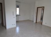 Appartamento in affitto a Cogliate, 3 locali, zona Località: Cogliate - Centro, prezzo € 650   CambioCasa.it