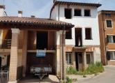 Villa Bifamiliare in vendita a Cornedo Vicentino, 4 locali, prezzo € 120.000   CambioCasa.it