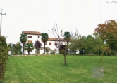 Villa in vendita a Villa del Conte, 5 locali, zona Località: Villa del Conte, prezzo € 190.000 | CambioCasa.it