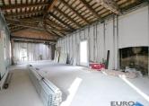 Ufficio / Studio in vendita a Mogliano Veneto, 4 locali, zona Località: Mogliano Veneto - Centro, prezzo € 249.000 | CambioCasa.it