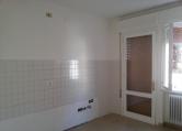 Appartamento in affitto a Este, 4 locali, prezzo € 450   CambioCasa.it