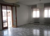 Appartamento in affitto a Este, 5 locali, prezzo € 600   CambioCasa.it