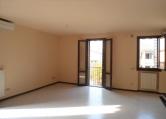 Appartamento in affitto a Rovolon, 4 locali, zona Zona: Bastia, prezzo € 500 | CambioCasa.it