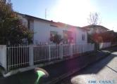 Villa in vendita a Morciano di Romagna, 4 locali, prezzo € 300.000 | CambioCasa.it