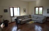 Villa in vendita a Castelnuovo di Farfa, 13 locali, prezzo € 310.000 | CambioCasa.it