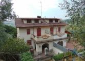 Villa in vendita a Castelnuovo di Farfa, 8 locali, prezzo € 220.000 | Cambio Casa.it