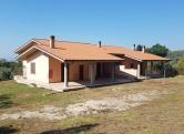 Villa in vendita a Fara in Sabina, 10 locali, prezzo € 290.000 | CambioCasa.it
