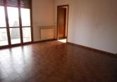 Appartamento in vendita a Montechiarugolo, 5 locali, prezzo € 140.000 | Cambio Casa.it