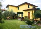 Villa in vendita a Castelnuovo Magra, 10 locali, prezzo € 750.000 | CambioCasa.it