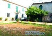 Rustico / Casale in vendita a Sarzana, 14 locali, prezzo € 300.000 | CambioCasa.it