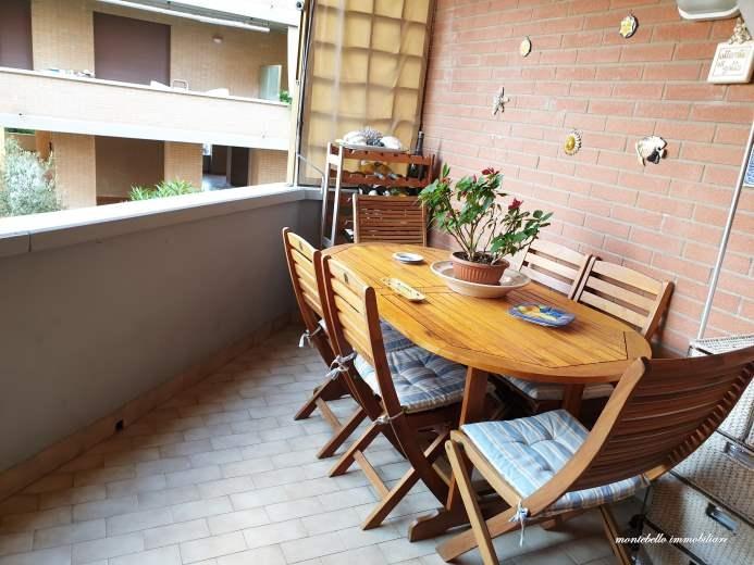 Appartamento in vendita a Livorno, 4 locali, prezzo € 369.000 | CambioCasa.it