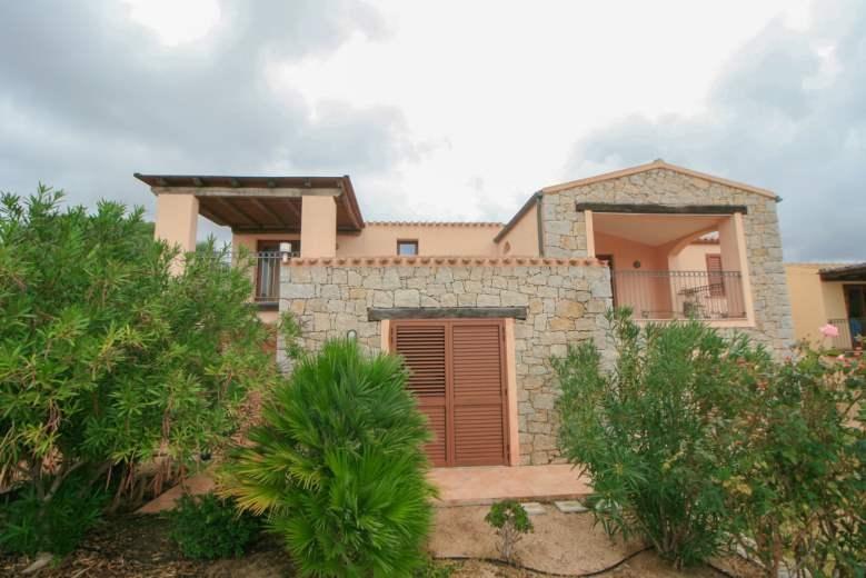 Villa a Schiera in vendita a Badesi, 4 locali, prezzo € 180.000 | CambioCasa.it
