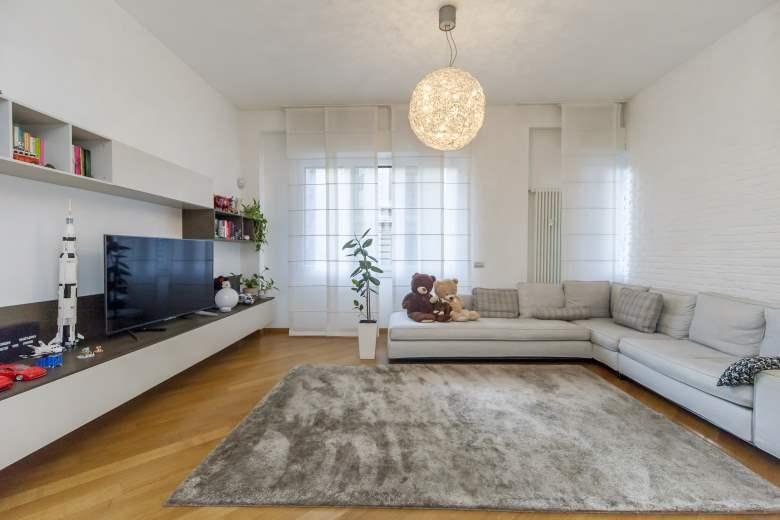 Appartamento in vendita a Milano, 4 locali, zona Zona: 8 . Bocconi, C.so Italia, Ticinese, Bligny, prezzo € 895.000 | CambioCasa.it