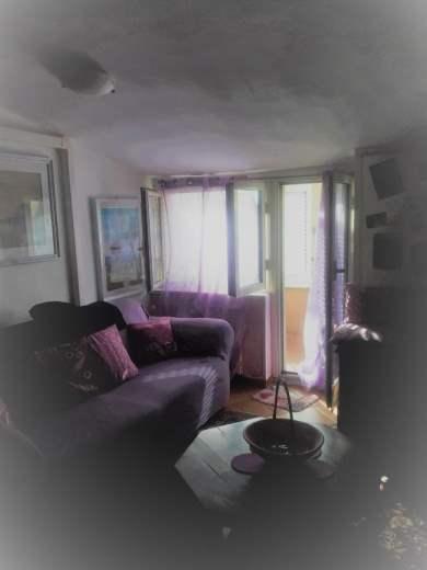 Appartamento in vendita a Pomezia, 3 locali, zona Zona: Torvaianica, prezzo € 125.000 | CambioCasa.it