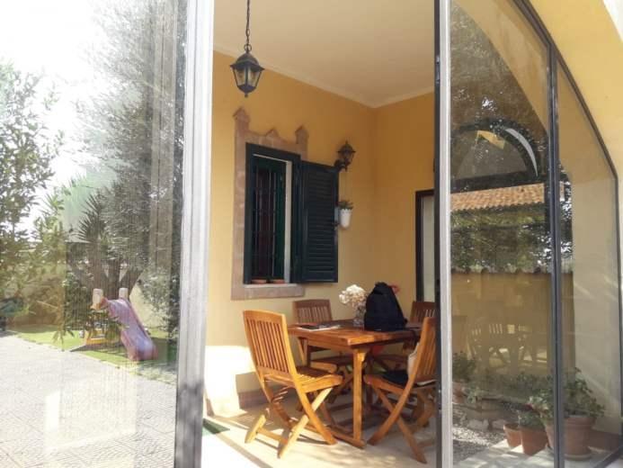 Villa in vendita a Ardea, 9999 locali, prezzo € 165.000 | CambioCasa.it