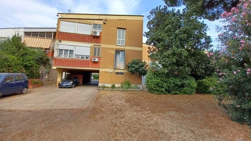 Appartamento in vendita a Roma, 3 locali, zona Zona: 8 . Tiburtina, Colli Aniene, Pietrasanta, San Basilio, prezzo € 210.000   CambioCasa.it