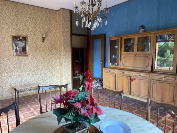 Appartamento in vendita a Como, 3 locali, zona Zona: 6 . Acquanera- Albate -Muggiò - , prezzo € 128.000 | CambioCasa.it