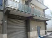 Negozio / Locale in affitto a Capurso, 2 locali, prezzo € 650 | CambioCasa.it