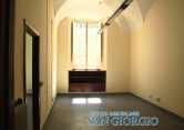 Ufficio / Studio in affitto a Sarzana, 4 locali, prezzo € 800   CambioCasa.it